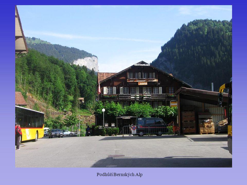 Podhůří Bernských Alp