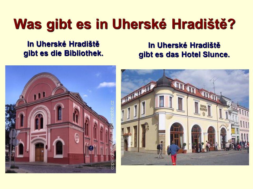 Was gibt es in Uherské Hradiště? In Uherské Hradiště gibt es die Bibliothek. In Uherské Hradiště gibt es das Hotel Slunce.