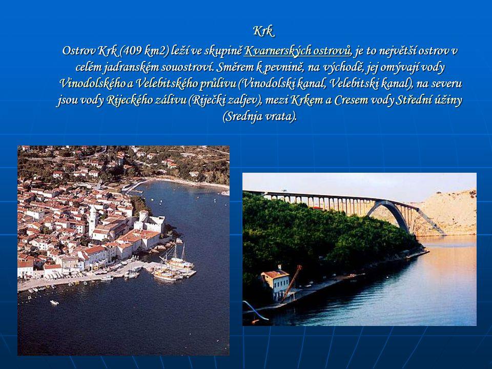 Rogoznica - starobylá rybářská osada, která se postupně Rogoznica Rogoznica - starobylá rybářská osada, která se postupně rozrostla ve velice příjemné letovisko táhnoucí se několik kilometrů podél mořského pobřeží.