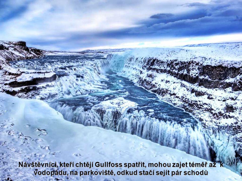 Zlatý vodopád Islandu je rozdělen na dvě kaskády: horní, která je vysoká 11 metrů a spodní, s výškou 20 metrů. Voda nakonec padá do 70 metrů hluboké a