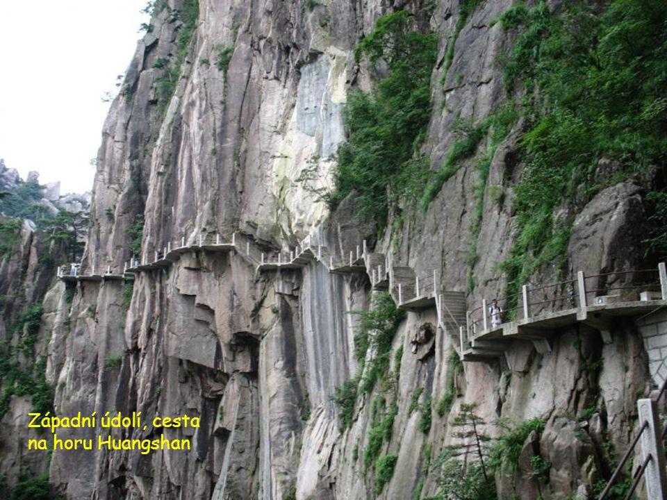 Západní údolí, cesta na horu Huangshan