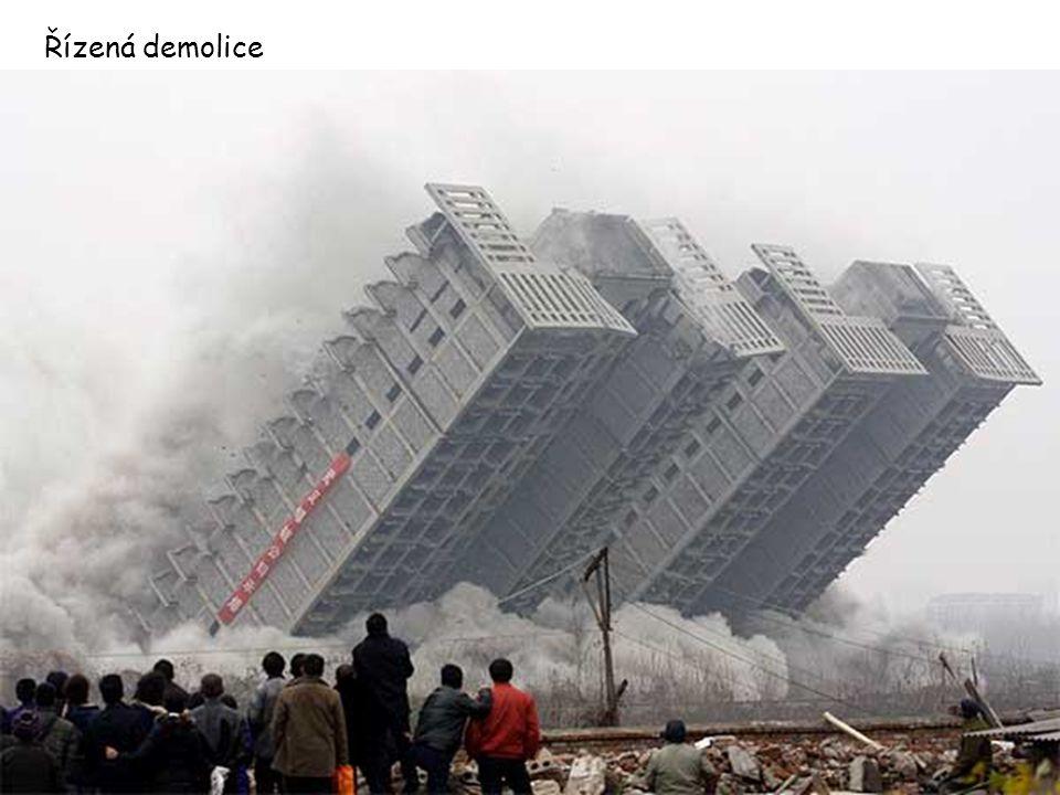 Řízená demolice
