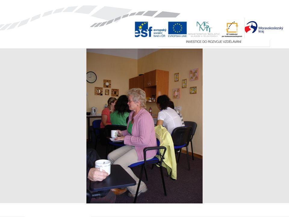 Zavádění nových prvků do praxe škol: v době od 9/2010 do 1/2011 podpůrné programy s prvky arteterapie a relaxace využití ve vyučování i volnočasových aktivitách s dětmi pracovali pedagogové, kteří absolvovali nácvik terapeutických technik zaměřených na relaxaci a výtvarnou tvorbu v období 3 – 6/2010