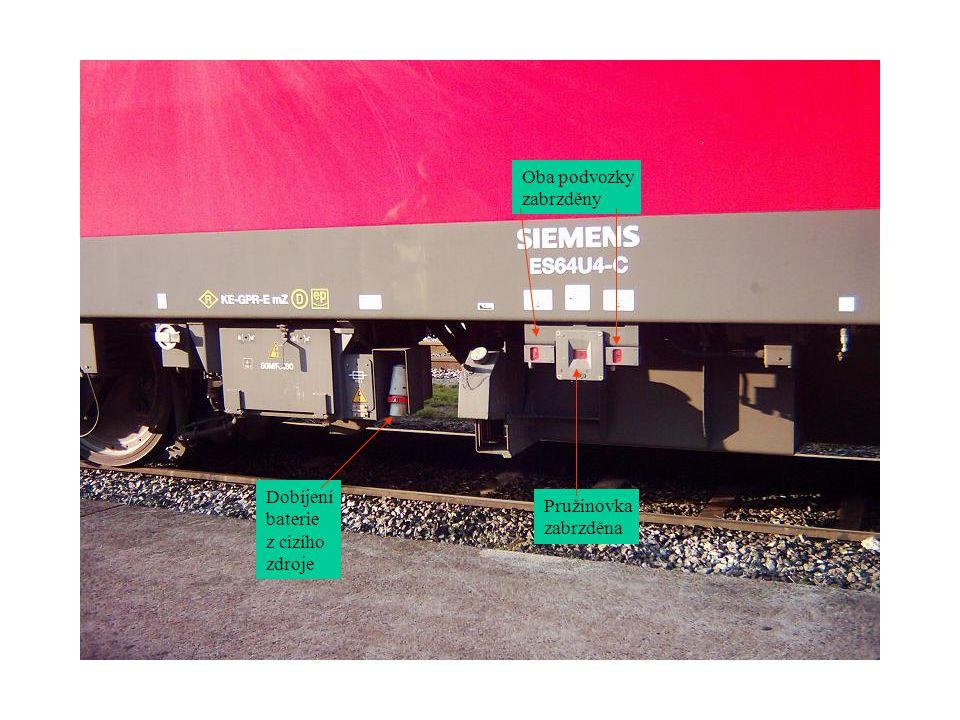 Topení vlaku při 25KV je 1500V (15KV=1000V) Topení vlaku = Měnič pom.