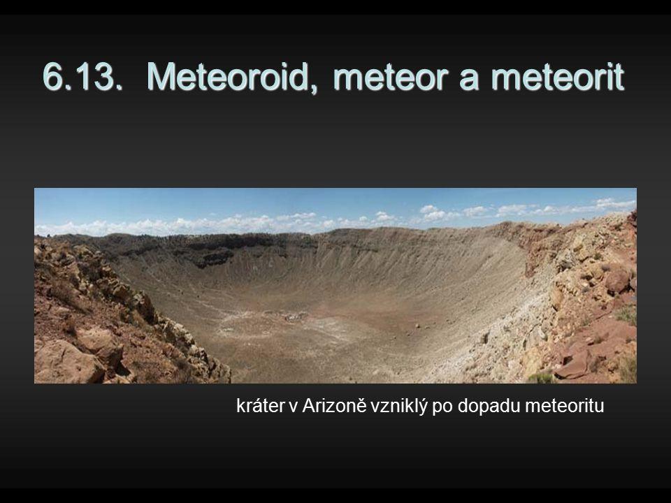 Meteoroid je to těleso ve Sluneční soustavě s velikostí od několika milimetrů až po několik desítek metrů jestliže se meteoroid střetne se Zemí, vletí do její atmosféry, tam začne hořet a my vidíme světelný úkaz – meteor samotný meteoroid není možné díky jeho malým rozměrům ve vesmíru pozorovat s meteoroidy o průměru 1 metru a více se Země střetává poměrně zřídka, přibližně jednou za den, ale objektů o průměru asi milimetr do Země narazí denně až miliony