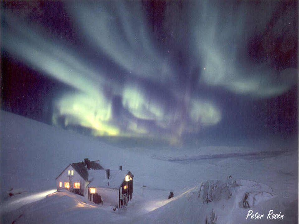Polární záře je světelný jev v atmosféře pozorovatelný v noci.