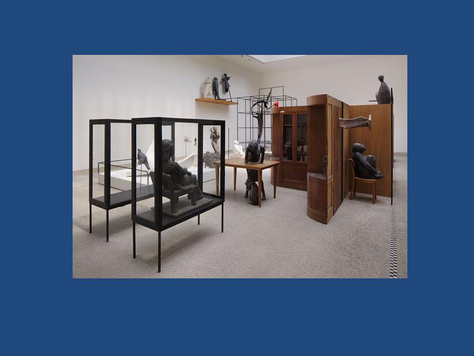 Konec mimésis Hlavním záměrem estetiky – určit podstatu umění a formulovat ji jako definici Radikální přehodnocení tradiční teorie s nástupem dada či abstrakce nevyhnutelné.
