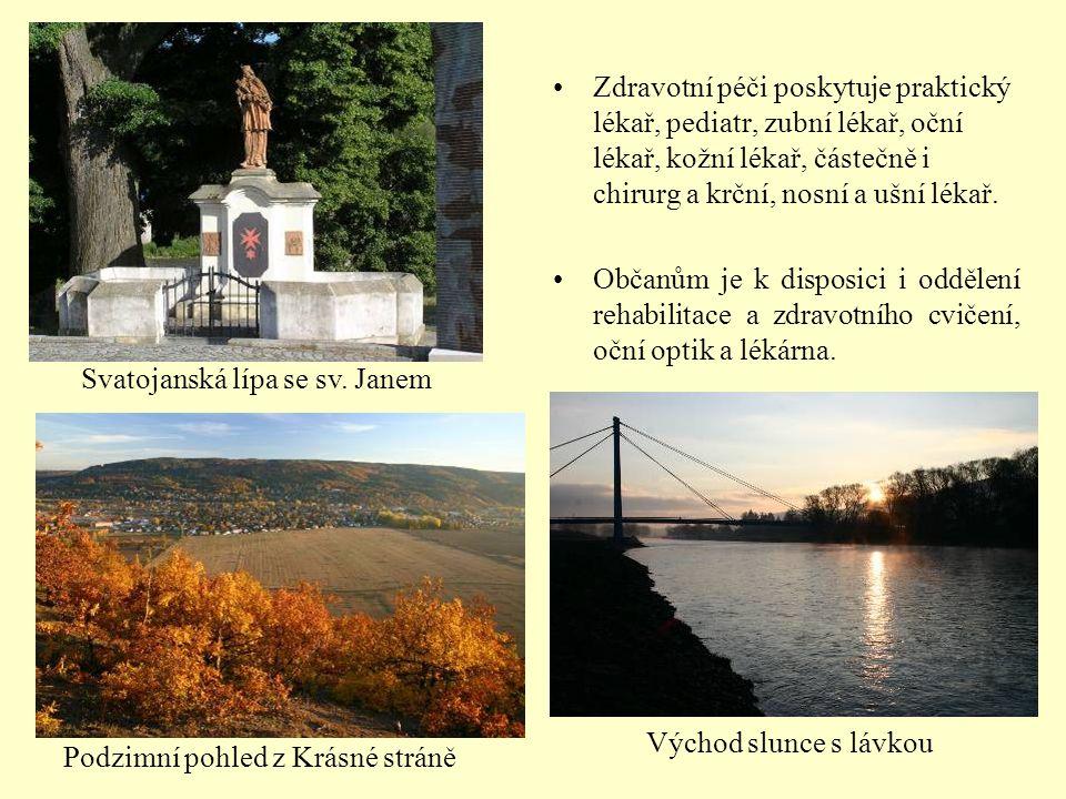 Mateřská škola 96 dětí 4 oddělení: Sluníčka, Berušky, Modrásci, Kytičky www.msdobrichovice.ic.cz V roce 2002 zaplavená velkou povodní 2002 2007