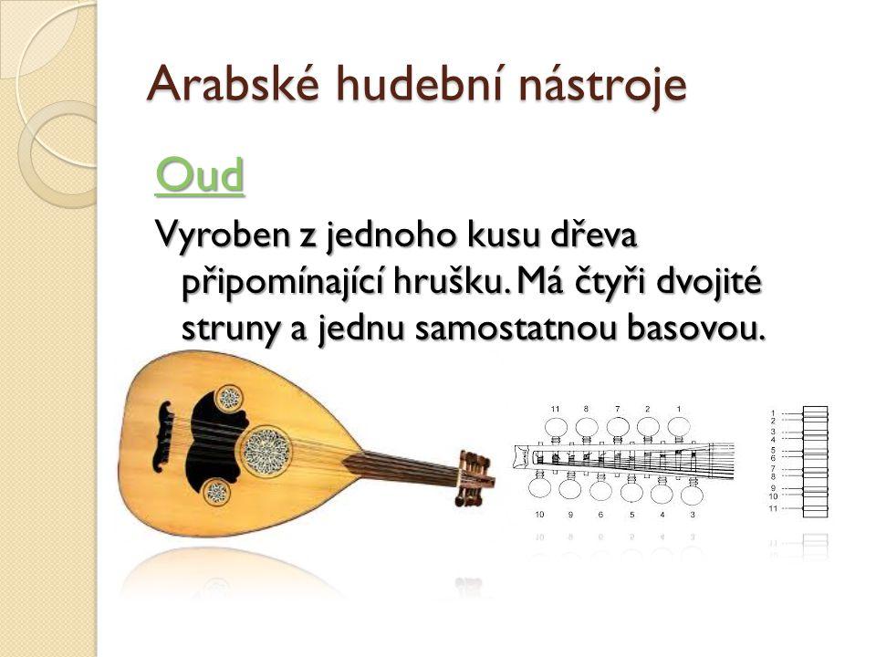 Arabské hudební nástroje Oud Vyroben z jednoho kusu dřeva připomínající hrušku.