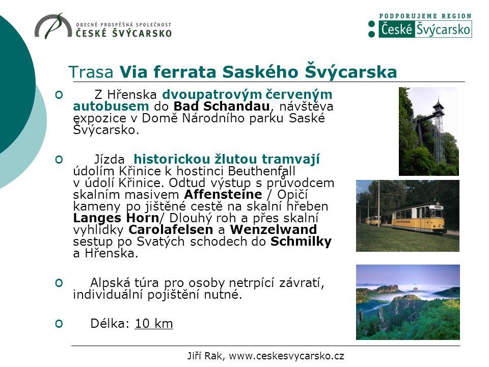 Trasa Via ferrata Saského Švýcarska o Z Hřenska dvoupatrovým červeným autobusem do Bad Schandau, návštěva expozice v Domě Národního parku Saské Švýcar