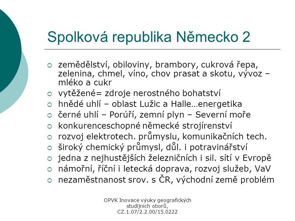 Maďarsko - regiony  20 žup (NUTS 3), 7 plánovacích regionů (NUTS 2)  metropolitní region Közép-Magyarország (Stř.M.)  více než ¼ pracovních příležitostí, lázeňství, průmysl – Pešť (velmi různorodý), CR – hrad Visegrád  Közép-Dunántúl - Székesfehérvár, Veszprem – bauxit  Nyugat(Z)-Dunántúl – Györ, významný rozvoj  Dél(J)-Dunántúl – Pécs, č.
