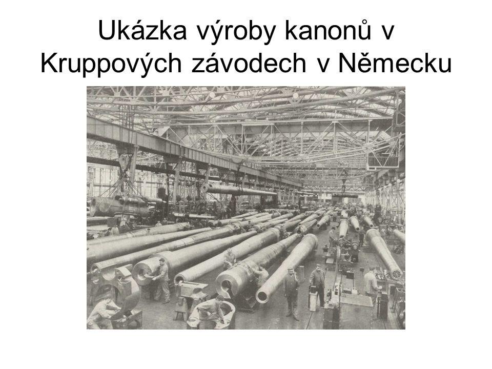 Ukázka výroby kanonů v Kruppových závodech v Německu
