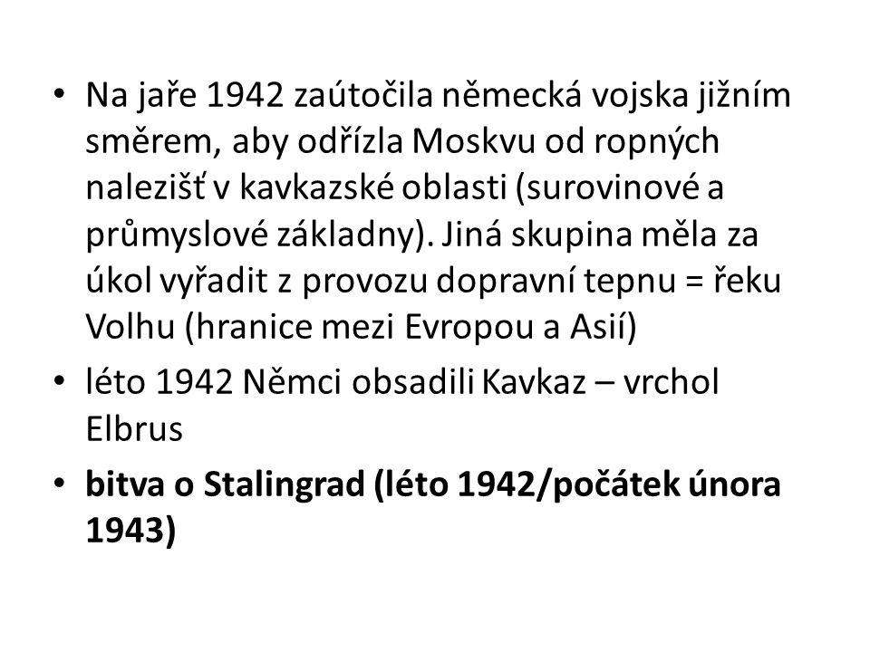 Bitva o Stalingrad dnešní Volgograd město pojmenované po sovětském vůdci = Stalinovi, v té době zde bylo 460 000 obyvatel, 5 vysokých škol, 3 divadla, město se táhlo 30 km podél Volhy tato bitva je považována za rozhodující moment druhé světové války chyby Stalina: svou moc oslabil osudnými čistkami především v RA = výsledkem byly ponižující porážky na začátku konfliktu velení svěřeno generálu Žukovovi