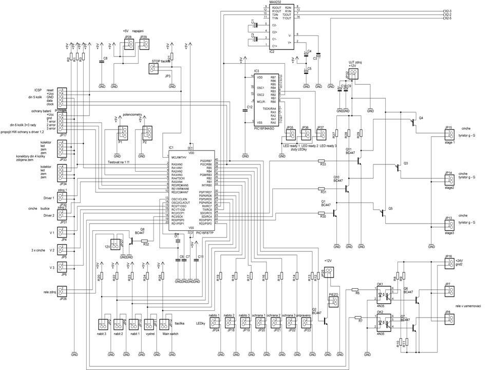 Systém složení a počet kondenzátorů v sestavě Dielektric ká pevnost součástky [V] Kapacita součástk y [uF] Výsledná hodnota napětí baterie[V] Výsledná hodnota kapacity baterie[u] Výsledná hodnota energie baterie[J] 3 x paralelně - 34504700450150001500 2 + 2 serio-paralelně - 4400500080050001600 2 x 3 serio-paralelně - 63506600105044002400 Celková hodnota energie 5500 J 3 x 4500 μF/450 V 4 x 5000 μF/800 V 2 x 2200 μF/1000 V