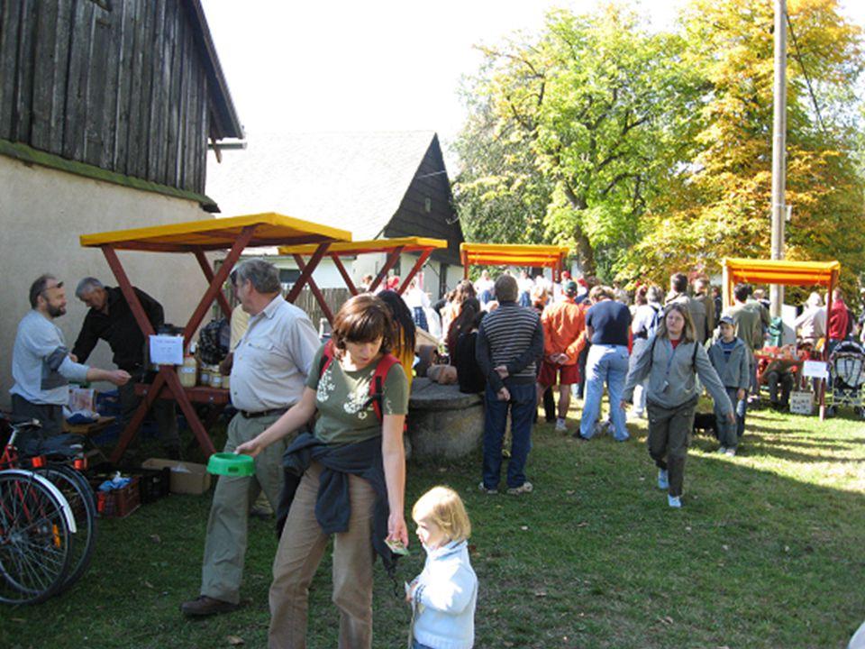 Co by se příště dalo vylepšit -Víc zapojit místní do přípravy a organizace akce -Soutěž o nejlepší bramborový recept -Pozvat více místních/okresních VIP -Více dobrovolníků, setkání s dobrovolníky předem
