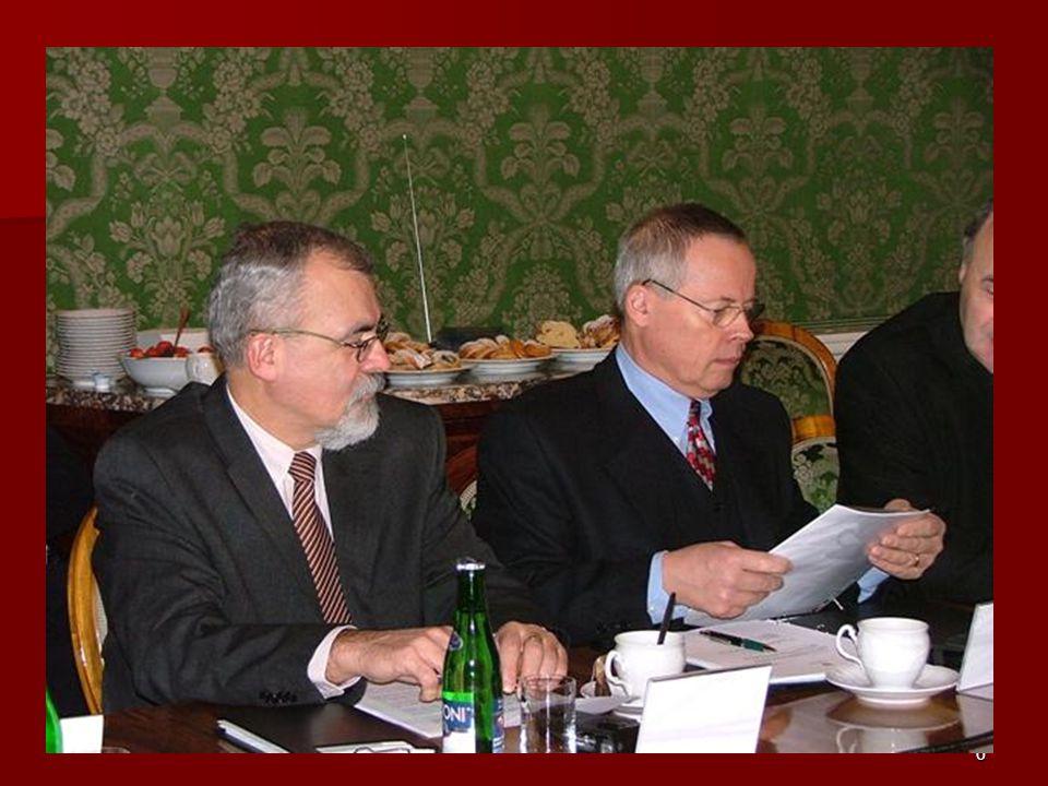 17 Spolupráce s ČBK Předsednictvo navštívilo plenární zasedání ČBK.