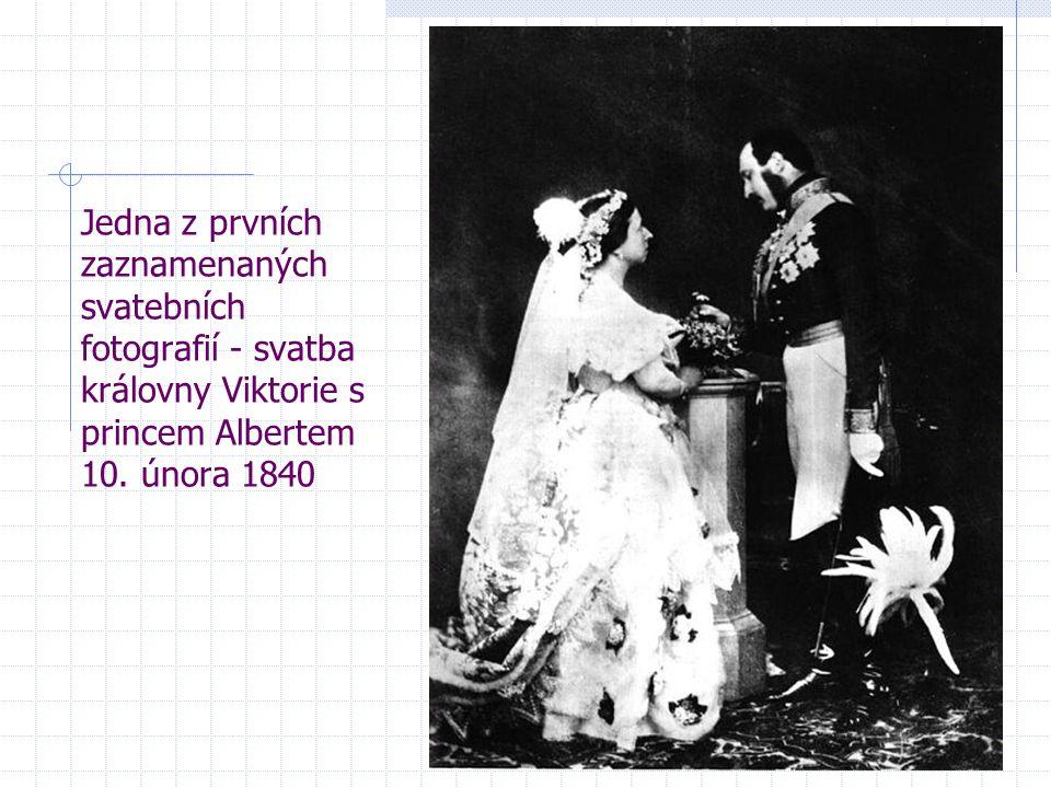 Jedna z prvních zaznamenaných svatebních fotografií - svatba královny Viktorie s princem Albertem 10. února 1840