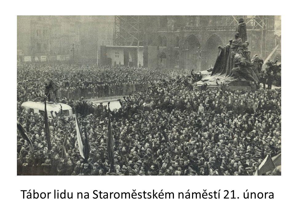 Tábor lidu na Staroměstském náměstí 21. února
