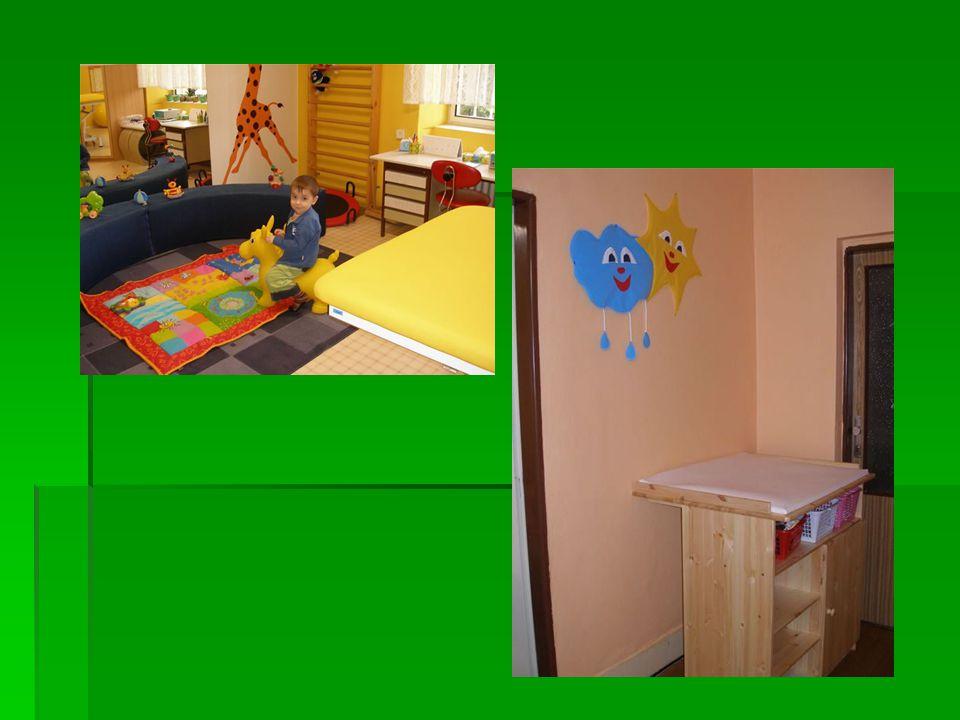 Dětský domov se snaží pro děti připravit různé akce  výlet ve Štramberku  ozdravné pobyty  divadelní představení  návštěva solné jeskyně Ozdravný pobyt ve Štramberku