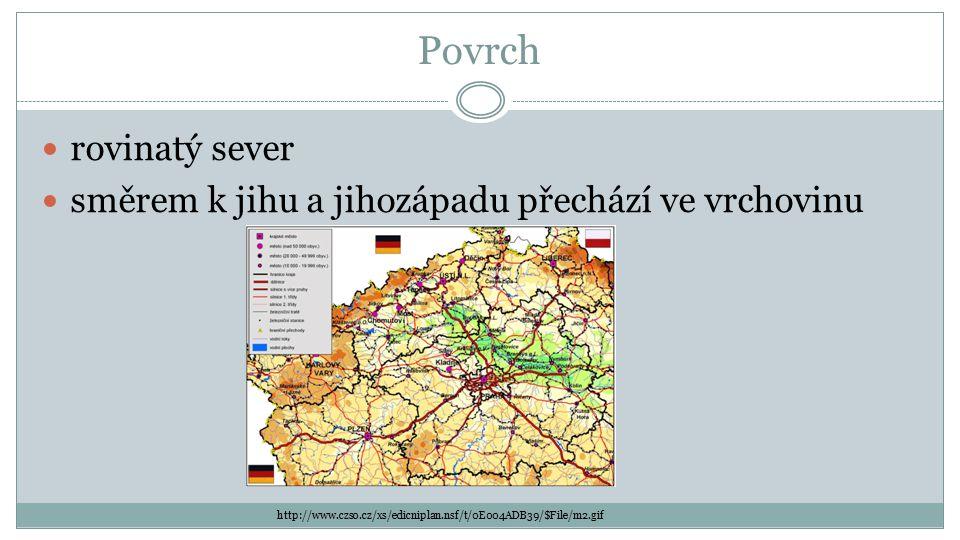 Povrch rovinatý sever směrem k jihu a jihozápadu přechází ve vrchovinu http://www.czso.cz/xs/edicniplan.nsf/t/0E004ADB39/$File/m2.gif