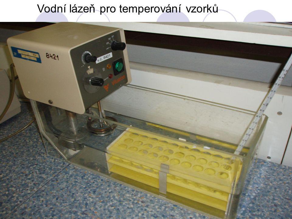 Vodní lázeň pro temperování vzorků