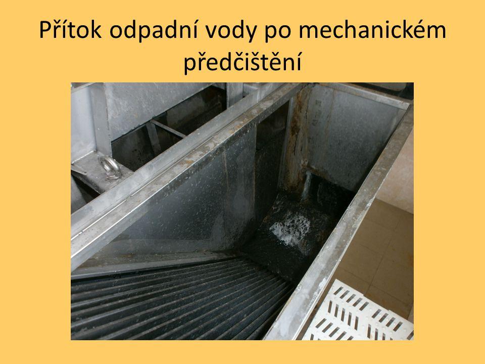 Přítok odpadní vody po mechanickém předčištění