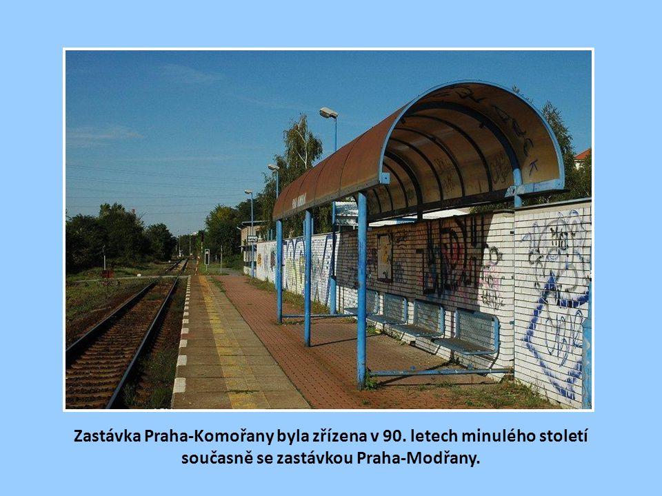Stanice Modřany se v 90. letech rekonstruovala a byla vybavena RZZ. Při katastrofální povodni v roce 2002 se ocitla pod vodou se vším všudy.