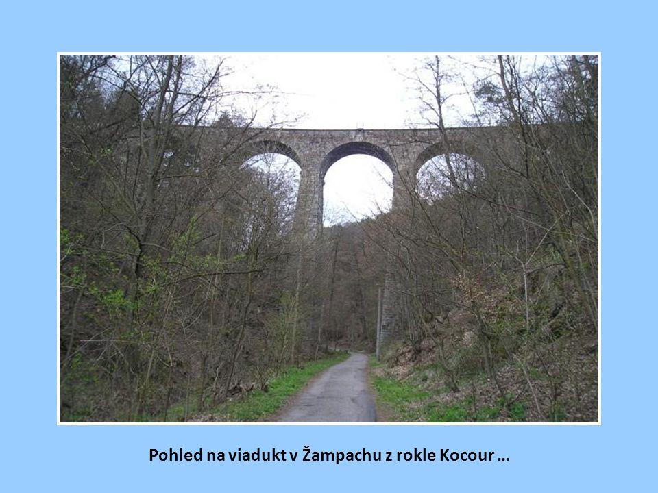 Viadukt a jeho okolí po několika dalších letech.