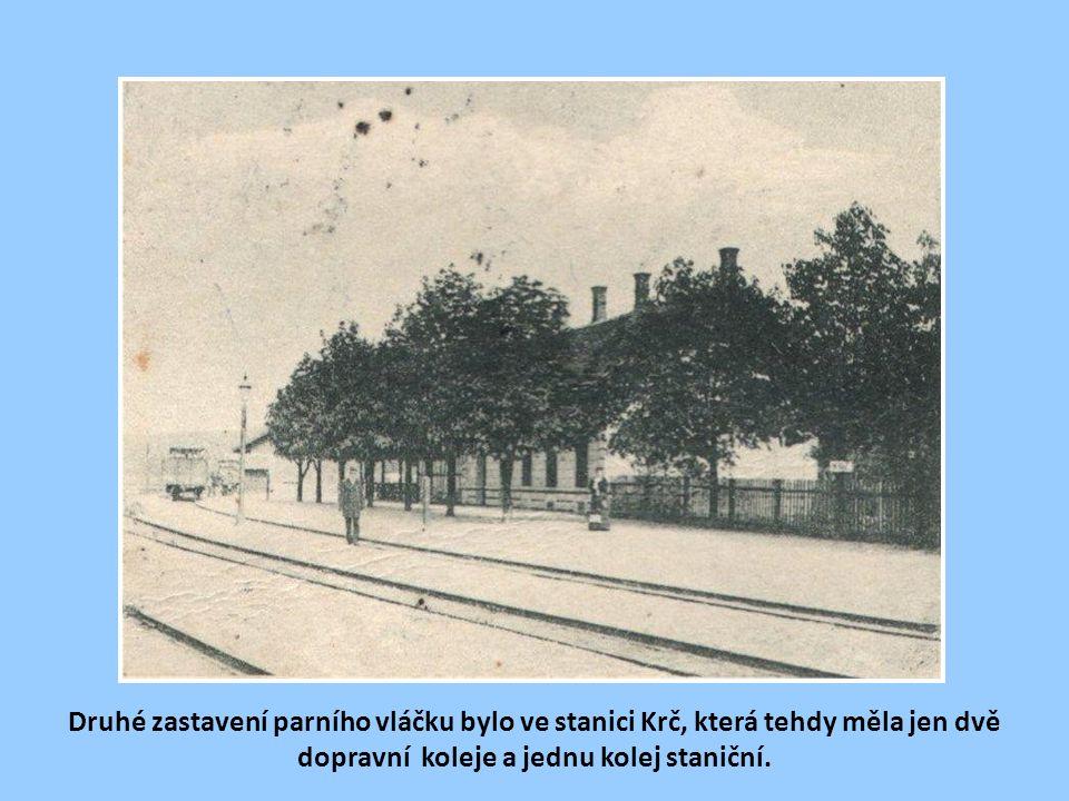 """První zastávkou vlaku na """"Modřance"""" byla Michle. Zastávka byla zřízena před tunelem pod Bohdalcem. Tunel (dl.93m) byl v r. 1927-1929 prokopán a zastáv"""