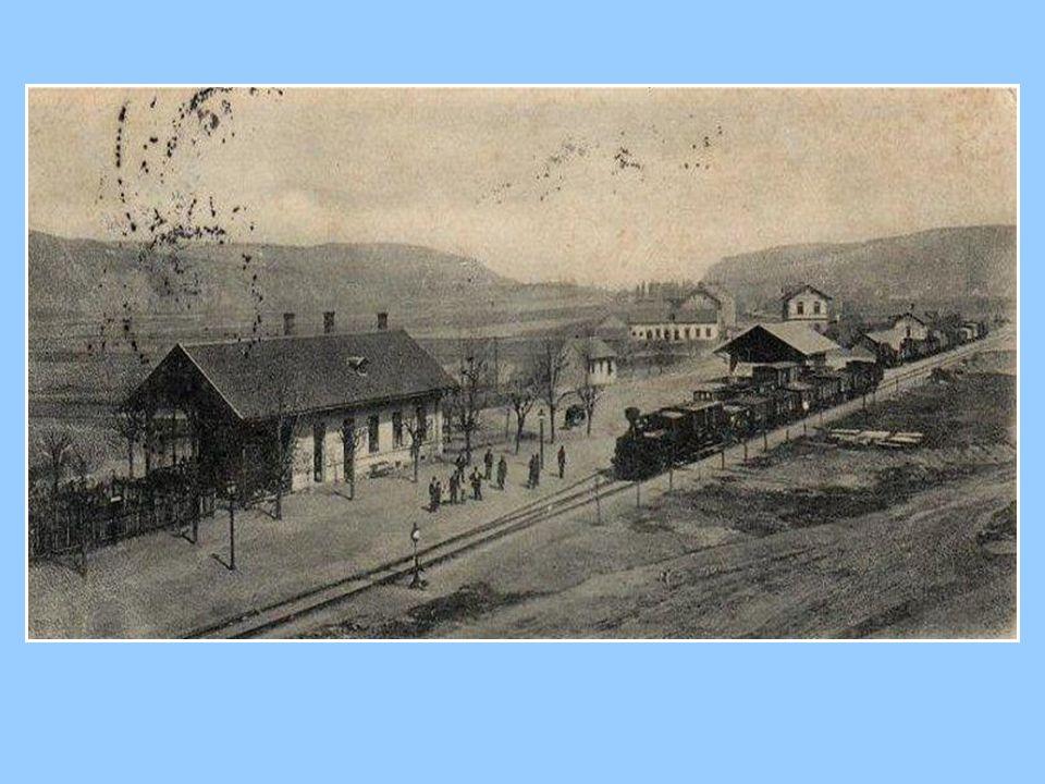 Nádražní budova v bývalé stanici Krhanice.