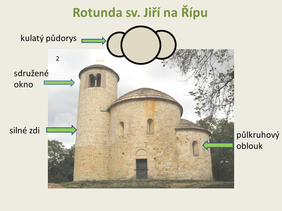 Rotunda sv. Jiří na Řípu kulatý půdorys silné zdi půlkruhový oblouk sdružené okno 2