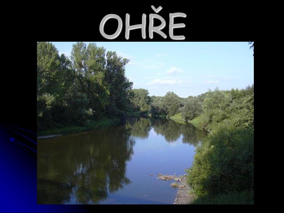 Ohře se nachází na severozápadě České republiky Ohře se nachází na severozápadě České republiky pramení v Německu pramení v Německu je dlouhá 316km - z toho 256km leží v ČR je dlouhá 316km - z toho 256km leží v ČR Ohře je druhým největším levostranným přítokem Labe, do kterého se vlévá v Litoměřicích Ohře je druhým největším levostranným přítokem Labe, do kterého se vlévá v Litoměřicích Celý dolní tok leží v oblasti, která má nejnižší hodnoty průměrných ročních srážek Celý dolní tok leží v oblasti, která má nejnižší hodnoty průměrných ročních srážek Využívá se k zavlažování a k zisku vodní energie Využívá se k zavlažování a k zisku vodní energie Na jejím toku je možno nalézt 2 přehrady : Skalka, Nechranice Na jejím toku je možno nalézt 2 přehrady : Skalka, Nechranice Ohře je také využívána k vodáctví – nejvyhledávanější je úsek Loket-Vojkovice Ohře je také využívána k vodáctví – nejvyhledávanější je úsek Loket-Vojkovice