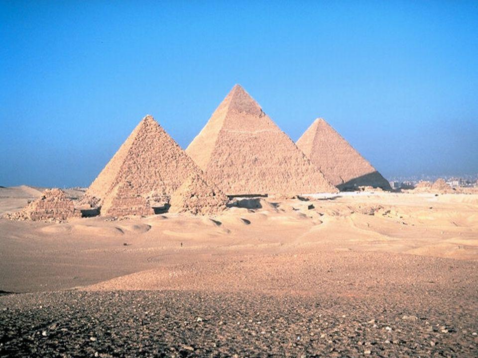 Džóserova pyramida Džoserova stupňovitá pyramida v Sakkáře je nejstarší kamennou stavbou na světě.