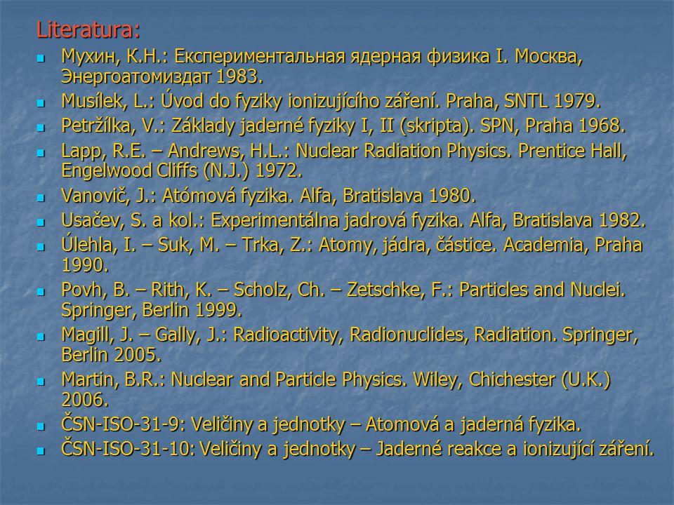"""Ernest Rutherford (1871 -1937) Experimentální i teoretické práce související s radioaktivitou 1899 objev radonu 1899 objev radonu 1908 – Nobelova cena za chemii 1911 – """"planetární model atomu 1911 – """"planetární model atomu Na obrázku schéma experimentu Na obrázku schéma experimentu E."""