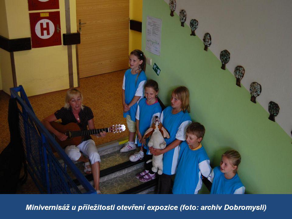 Minivernisáž u příležitosti otevření expozice (foto: archiv Dobromysli)