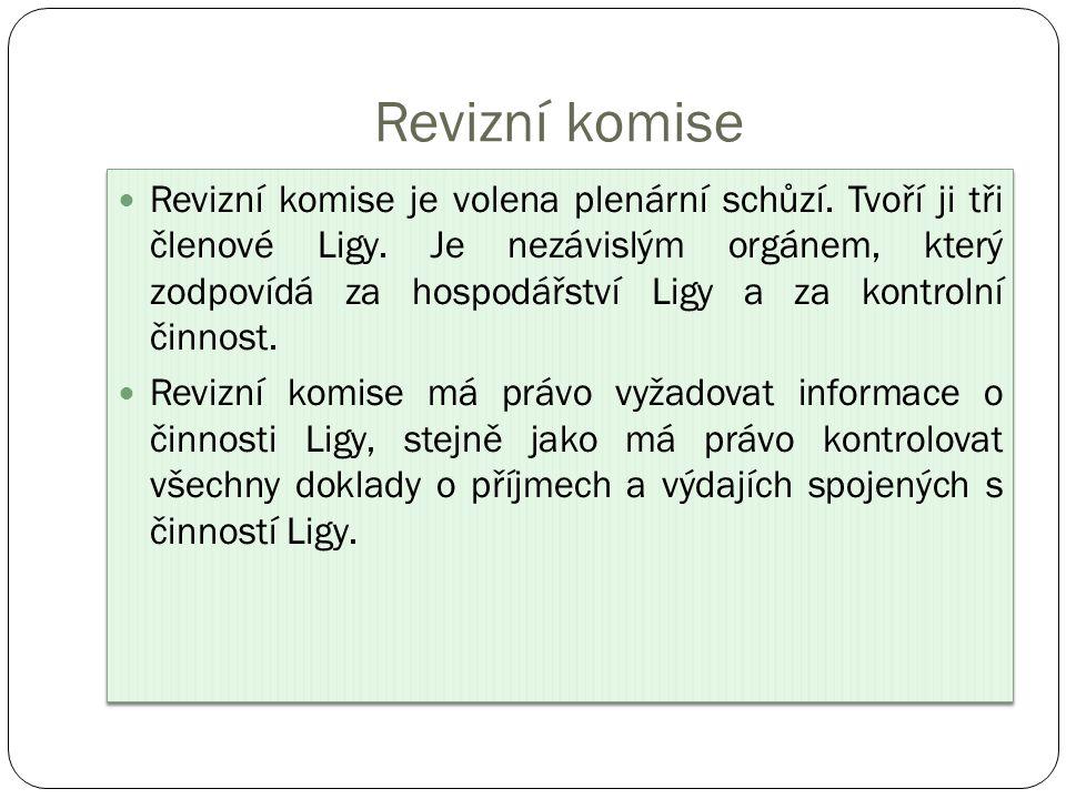 Revizní komise Revizní komise je volena plenární schůzí.