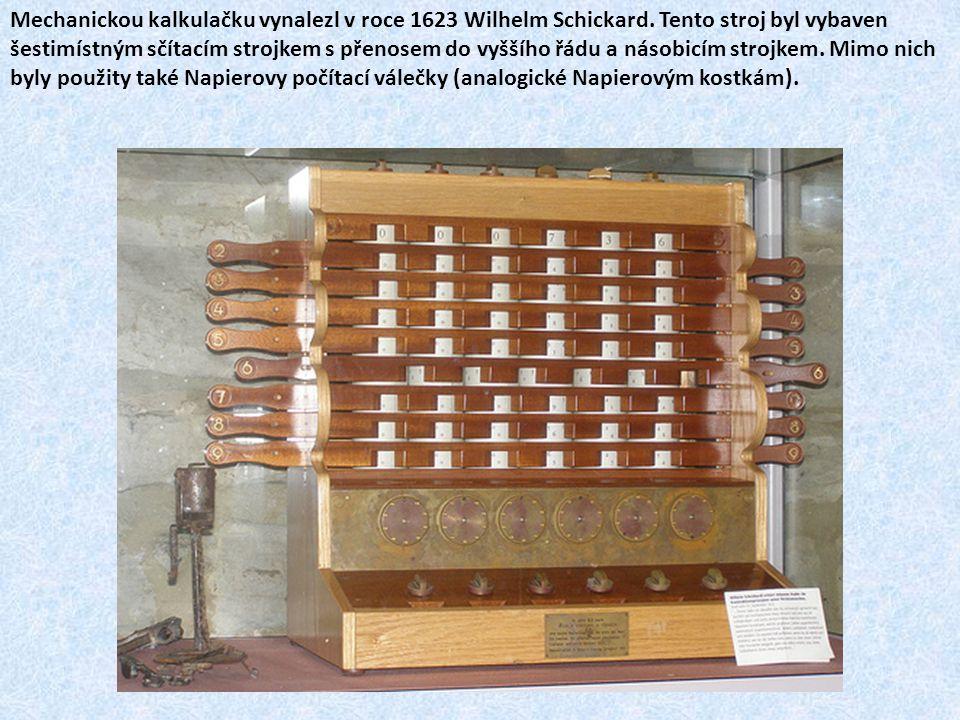Blaise Pascal vyrobil vlastní mechanickou kalkulačku Pascaline v roce 1642.
