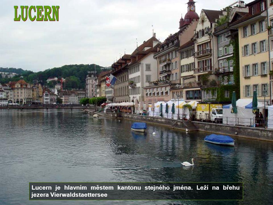 Curych je největší město ve Švýcarsku. Je hlavním městem kantonu Curych, má 365 000 obyvatel.