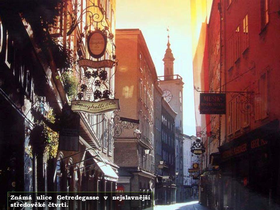 Město je rodištěm Wolfganga Amadea Mozarta.