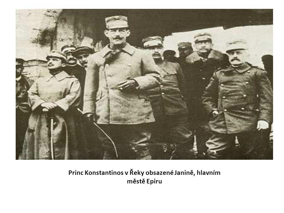 Princ Konstantinos v Řeky obsazené Janině, hlavním městě Epiru