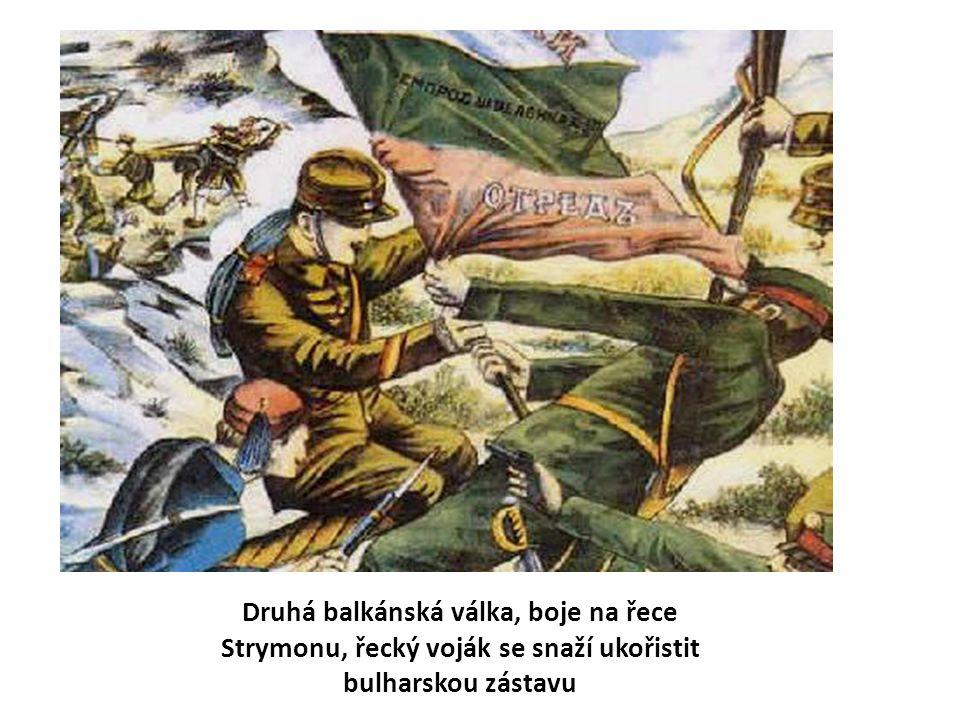 Druhá balkánská válka, boje na řece Strymonu, řecký voják se snaží ukořistit bulharskou zástavu