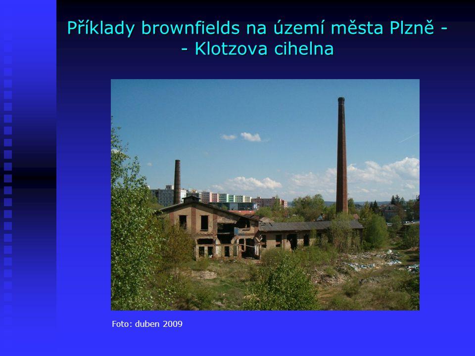 Příklady brownfields na území města Plzně - - Šípova továrna na dětské kočárky Bývalá továrna na výrobu dětských kočárků Václava Šípa v Plzni na Roudné, vybudovaná jako součást areálu pro výrobu a bydlení v roce 1893, byla v průběhu doby téměř zcela zdevastována Bývalá továrna na výrobu dětských kočárků Václava Šípa v Plzni na Roudné, vybudovaná jako součást areálu pro výrobu a bydlení v roce 1893, byla v průběhu doby téměř zcela zdevastována Společnost ABK Trust s.