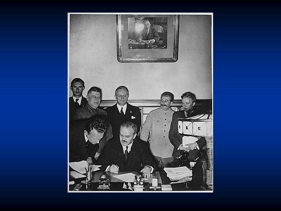 """Přípravy  květen 1940 – premiérem Velké Británie Winston Spencer Churchill (tvrdý zastánce bezpodmínečné kapitulace Německa: """"Nemohu vám slíbit nic než krev, dřinu, slzy a pot. )  19."""