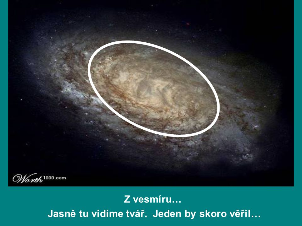 Z vesmíru… Jasně tu vidíme tvář. Jeden by skoro věřil…