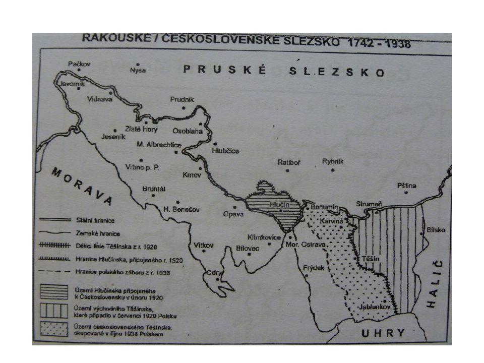 Historie vzniku názvu Hlučínsko na základě článku 83 Versailleské smlouvy (1919) je poprvé definován oficiální název regionu Hlučínska 1920 rozloha - 316,76 km 2 počet obyvatel - 48 000 počet obcí - 38 Hlučínsko získalo svůj název podle města Hlučín (4 700 obyvatel)