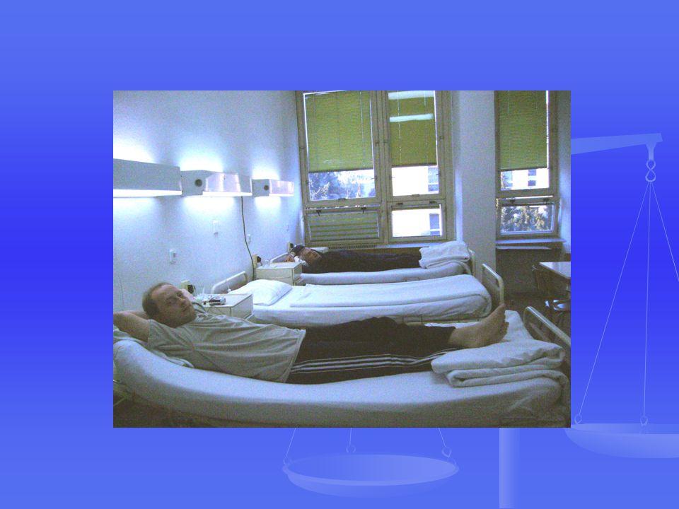 """Příchod pacienta na oddělení Seznámení s prostorami a s chodem oddělení, uvedení na pokoj, uložení na lůžko Seznámení s prostorami a s chodem oddělení, uvedení na pokoj, uložení na lůžko Předepsání ošetřovatelské a lékařské dokumentace """"HINZ """" Předepsání ošetřovatelské a lékařské dokumentace """"HINZ """" Příjem pacienta lékařem Příjem pacienta lékařem Stanovení plánu vyšetření, léčby, diety Stanovení plánu vyšetření, léčby, diety a pohybového režimu a pohybového režimu Ošetřovatelská anamnéza Ošetřovatelská anamnéza Stanovení ošetřovatelského plánu Stanovení ošetřovatelského plánu"""