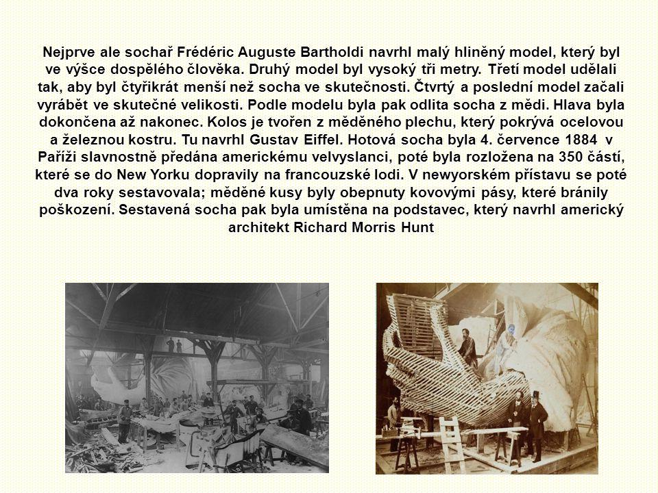 Během více než století, které uběhlo od darování Sochy svobody, došlo působením povětrnostních podmínek k jejímu značnému poškození