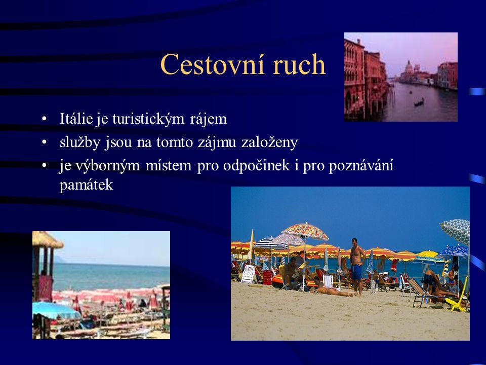 Cestovní ruch Itálie je turistickým rájem služby jsou na tomto zájmu založeny je výborným místem pro odpočinek i pro poznávání památek