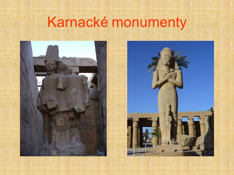 Karnacké monumenty
