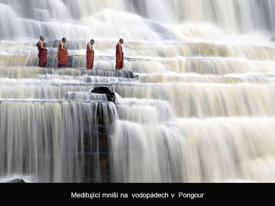 Fraktální obrazce vyschlých řek